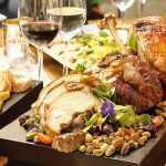 Maridaje de fiestas: qué vinos beber con cada plato típico