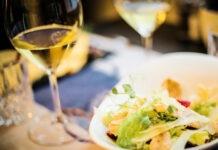 vinos blancos y comida